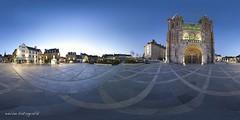 Parvis de Saint Pol de Lon (eWan fotografik) Tags: saint de 21 roscoff cathdrale parvis pol lon flches