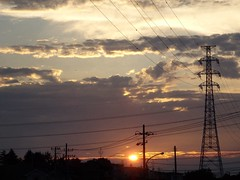 OLYMPUS SH-50 Power Lines Sun Set *\(^o^)/* at   (tostomo) Tags: sunset powerlines olympussh50