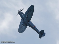 bbmfspit-clacton-14-wm-1-1-1 (Stewart Taylor (SMT Photography)) Tags: photography coast flying photo aircraft aviation air flight airshow seafront essex clacton aeroplanes airdisplay clactononsea flyingdisplay clactonairshow