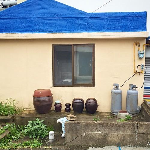 #instagram #instastill #korea #ulsan #still #pod #window #blue #roof #울산 #장독대 #일상 #창