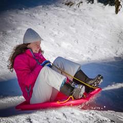 Tobogganing-at-Mt-Stirling-9744 (keithob1) Tags: snow fun mt stirling adults tobogganing