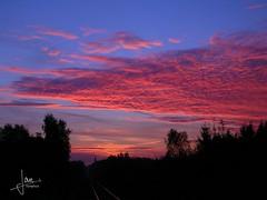 Glanerbrug (2006) (glanerbrug.info) Tags: glanerbrug 2006 zon spoorweg twente netherlands paysbas niederlande nederland holland railroad eisenbahn chemindefer lucht wolken sun sonne soleil sky himmel ciel nuages clouds overijsselgemeenteenschede sunset euregio overijssel