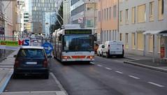 Bus, Linz (austrianpsycho) Tags: auto bus car linz mercedes volvo 45 mercedesbenz van bushaltestelle busstation aklasse trolleybus cng fahrzeug 212 aclass pkw a170 sonnenlicht obus linzlinien gelenkbus citaro a linzaglinien linienbus oberleitungsbus citarog a170cdi o530g erdgasbus coulinstrase o530gcng