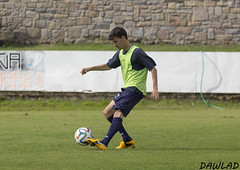 Golpeo de Omar (Dawlad Ast) Tags: espaa club training de spain cd soccer asturias luanco estadio futbol omar miramar marino alvarez deportivo entrenamiento
