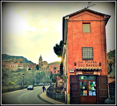 Corner Shop... (MickyFlick) Tags: city history tourism architecture spain village cathedral medieval tourists architectural historic espana tienda citywalls aragon historical cornershop touristattraction walled albarracin touristdestination teruelprovince mickyflick lanterncupola