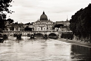 Rome #rome #roma #city #beautiful #river #italy #retro #photography #passion #hipster #pale #landscape #paint #colorful #scattiitaliani #style #reflection #tevere #sanpietro #shooting #smart #vintage #art #nature #free #free #outdoor #bridge #chill #sunli