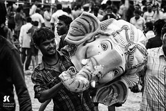 "Lord Ganesha Immersion Festival, Chennai • <a style=""font-size:0.8em;"" href=""http://www.flickr.com/photos/86056586@N00/15177573385/"" target=""_blank"">View on Flickr</a>"
