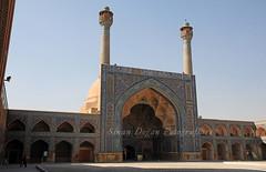 Jameh Mosque - sfahan (Sinan Doan) Tags: iran ran isfahan esfahan jamehmosque jamemosque isfahancumacamii mosque cami nikon iranian persian  iranphotos
