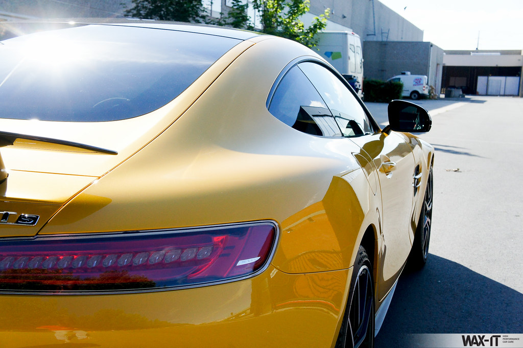 The world 39 s best photos of mercedesbenz and paint flickr for Best wax for black mercedes benz
