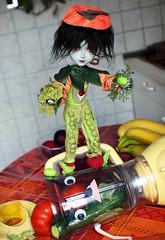 Concours Jolie doll - Lguman (Asile-Zouille) Tags: vegetables costume doll dolls concours edwardscissorhands taeyang leguman edwardauxmainsdargent joliedoll
