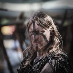Man II. (Robert Mehlan - Munich) Tags: portrait mann straight blick mnner ritter mittelalter kostm verkleidet sandizell canon5dmkii robertmehlan ef70200mmusmisii sandizell2014