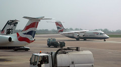 G-BZAX Avro RJ100 (BAe 146-300) British Airways (Robert Frola Aviation Photographer) Tags: 2005 nikond70 britishairways avro avrorj100 egcc baesystems worldtrip2005 bae146300 gbzax