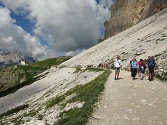 Cortina (Leo-set) Tags: italy ita dolomites dolomiti veneto dolomiten misurina dolomiitit