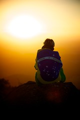 Pico do Urubu (EnFoco 2) Tags: brazil sun sol brasil de landscape landscapes sopaulo prdosol tarde paisagens fimdetarde mogidascruzes picodourubu altotiet brazilianlandscapes paisagensbrasileiras sunsetfim