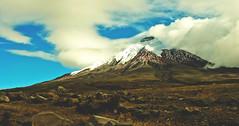 tarde en el Cotopaxi, Ecuador (dellsrobles) Tags: snow americalatina southamerica clouds volcano ecuador nikon rocks afternoon altitude surreal glorious andes hermoso magical imposing cotopaxi splendid volcan nuves danielarobles