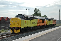 37175 & 37219 at Barry. 17/9/14 (Nick Wilcock) Tags: wales barry railways valeofglamorgan colas class37 37175 37219 colasrail cardiffcanton 0z37 colasrailfreight