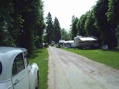 mot-2005-berny-riviere-024-campers-area-sunday_800x600