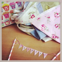 Happy Birthday (Emma Bunting) Tags: birthday party cake banner 21st 18th garland topper bunting