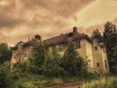 Fasta P (FanFan Babii or just plain Buffan) Tags: abandoned closed sweden mentalhospital rurex