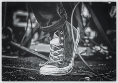 Sneak (Scottspy) Tags: blackandwhite bw shoes sneakers gigs concerts chucktaylors livemusicphotography livemusicphotos scottspy rockfeet