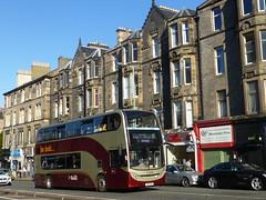 Lothian 204 in Edinburgh (simon835) Tags: hybrid 204 lothian adl enviro400 lb61bus