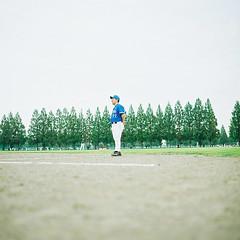 (Toshiuki) Tags: zeiss t baseball kodak hasselblad 100 planar 80mm 500cm ektar