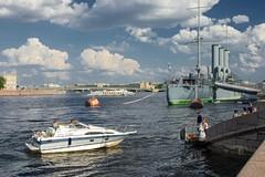 _IGP0216 (Shtrihoman) Tags: saintpetersburg cruiseraurora санктпетербург петровскаянабережная крейсераврора tamronaf28300mmf3563xrdildasphericalifmacro большаяневка прогулочныекатера