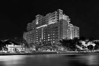 The Riverside Hotel's Executive Tower, 620 E. Las Olas Blvd., Fort Lauderdale, Florida, USA / Completed: 2002 / Architectural Style: Postmodernism / Height: 144.59 ft
