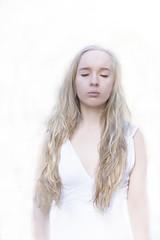 Dreamer (finnsdetingetjagkanheta) Tags: portrait white selfportrait me sweden edited minimal clean wonderland minimalistic cs6 pscs6