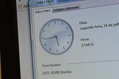 Tempo_2 (Willian Welbert) Tags: windows tempo relgio exposio longa segundos passando ponteiros ponteiro