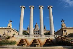 Les quatre columnes de Puig i Cadafalch (Albert T M) Tags: barcelona montjuïc barcelonès
