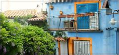 Espagne. (Peqture) Tags: bleu paysage maison espagne color