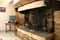 Moelan sur mer - gite de kerherou - salon cheminée