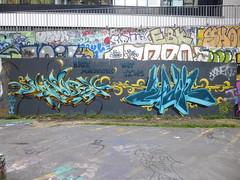 Wall Busters : Hate murderers, not jews (2014) (Archi & Philou) Tags: blue streetart palestine bleu paris13 paintedwall murpeint frigos