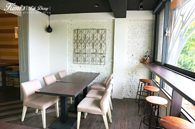 台中在舊宅裡悠閒迷路,寧靜又具特色的咖啡廳-麋路咖啡輕食坊