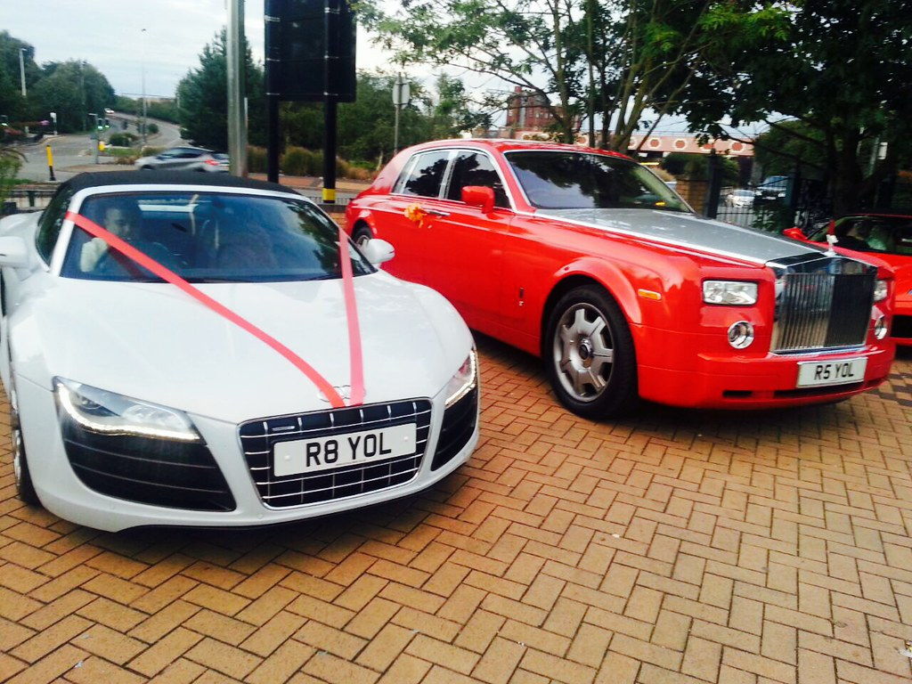 Royal Limos Luxury Car Hire Birmingham