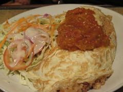 "Copieuse omelette au riz et à la tomate : 1€ <a style=""margin-left:10px; font-size:0.8em;"" href=""http://www.flickr.com/photos/83080376@N03/14960429447/"" target=""_blank"">@flickr</a>"