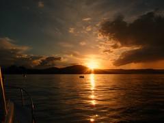Tarde de Pesca (celicom) Tags: atardecer mar pesca calamares cantabrico