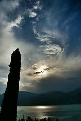 Gardasee, Blick auf die Berge gegenüber von Malcesine
