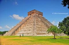 Chichen Itza  Maravilla del mundo (Arenamarysol Photography) Tags: travel mexico yucatan chichenitza viajes mexique piramide messico vivemexico arenamarysol