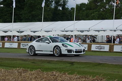 Porsche 911R 2016, Michelin Supercar Run, Goodwood Festival of Speed (f1jherbert) Tags: sonyalpha65 alpha65 sonyalpha sonya65 sony alpha 65 a65 goodwoodfestivalofspeed gfos fos festivalofspeed goodwoodfestivalofspeed2016 goodwood festival speed 2016 goodwoodengland michelinsupercarrungoodwoodfestivalofspeed michelinsupercarrungoodwood michelinsupercarrun michelin supercar run england uk gb united kingdom great britain unitedkingdom greatbritain