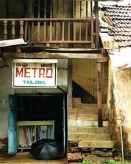 Dilapidated (tgwtt) Tags: india frames monsoon dilapidated tailor karwar