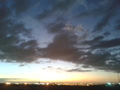 (Alex Lumez) Tags: sunset brazil sky urban southamerica brasil clouds cu prdosol nuvens anoitecer brsil amricadosul amriquedusud sudamrica suramrica amricadelsur sdamerika americadelsud americameridionale