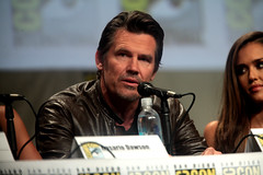 Josh Brolin (Gage Skidmore) Tags: california city robert frank for san kill comic jessica alba diego center josh miller sin convention rosario dame dawson con rodriguez 2014 brolin