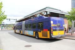 2012 New Flyer DE60LFR #6942 (busdude) Tags: county new bus flyer king metro transit motor hybrid society mbs kingcountymetro newflyer seatttle de60lfr motorbussociety