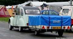 Citroën 2CV (Wouter Bregman) Tags: auto old france classic car race vintage french automobile track euro citroën voiture mans le 2cv frankrijk bugatti circuit 72 lemans eend geit ancienne 2014 sarthe 2pk citroën2cv française deuche deudeuche citro eurocitro