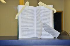 Capa Grupo Livros Danificados (Biblioteca da Unifei Itabira) Tags: livros rasgados danificados