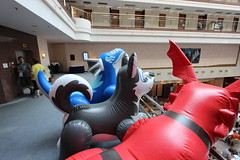 IMG_0971 (aaronwhipya) Tags: blue red orange husky dragon aaron gray inflatable latex pvc inflatables inflate inflation guilmon eurofurence ef19 aaron8181