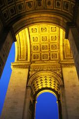 Au-dessous de l'Arc de Triomphe (johnny4eyes1) Tags: paris france architecture night arc triomphe