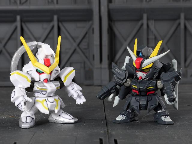 Stargazer VS. Strike Noir Gundam